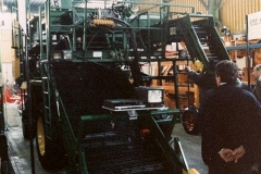 Macchina raccolta pomodori / Agricultural machine for tomatoes harvesting