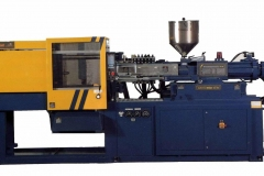 Macchina per stampaggio ad iniezione plastica / Plastic injection machine