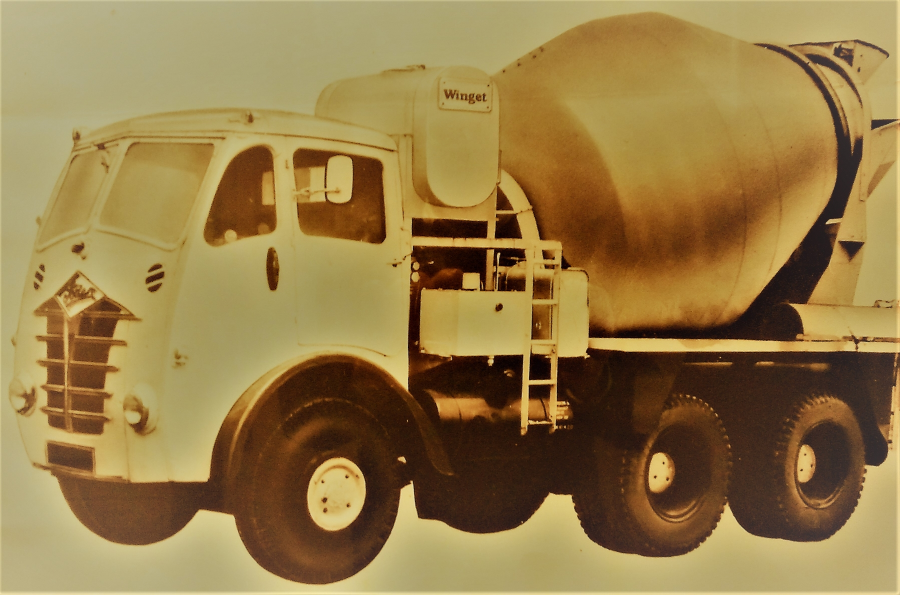 Foto-2 - Autobettoniera 1970